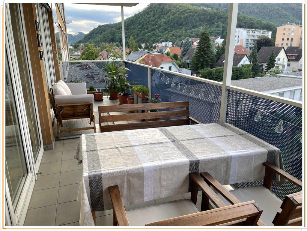 Как красив сделать большой балкон